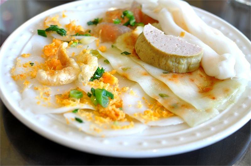 The Hue combo at Kim Hoa Hue Restaurant.