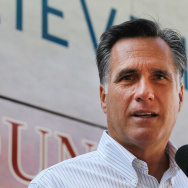 "Mitt Romney Campaigns In Six Swing States On ""Every Town Counts"" Bus Tour"
