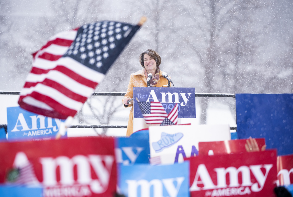 Sen. Amy Klobuchar (D-MN) announces her 2020 presidential bid on February 10, 2019 in Minneapolis, Minnesota.