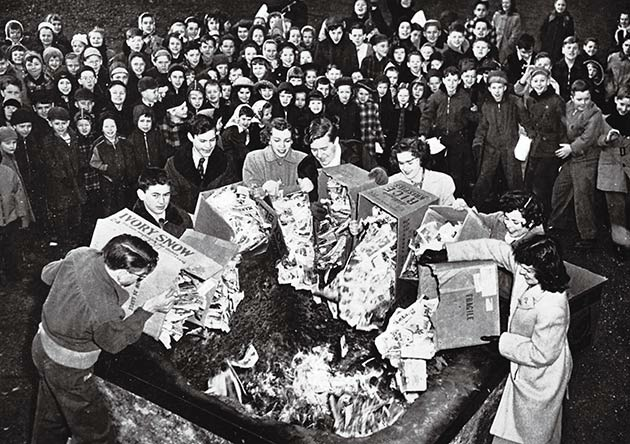 Just your typical comic book burning in Binghamton, NY (1948)