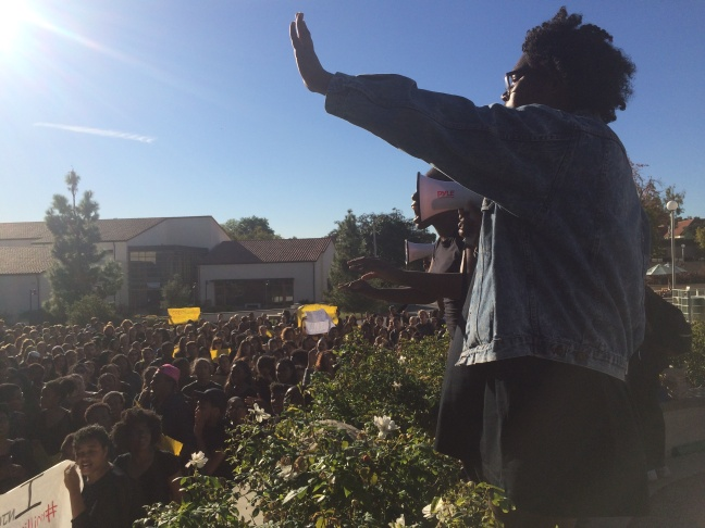 Sinclair Blue speaks to students in front of the Honnold/Mudd Library at Claremont McKenna College on Thursday, November 12, 2015.