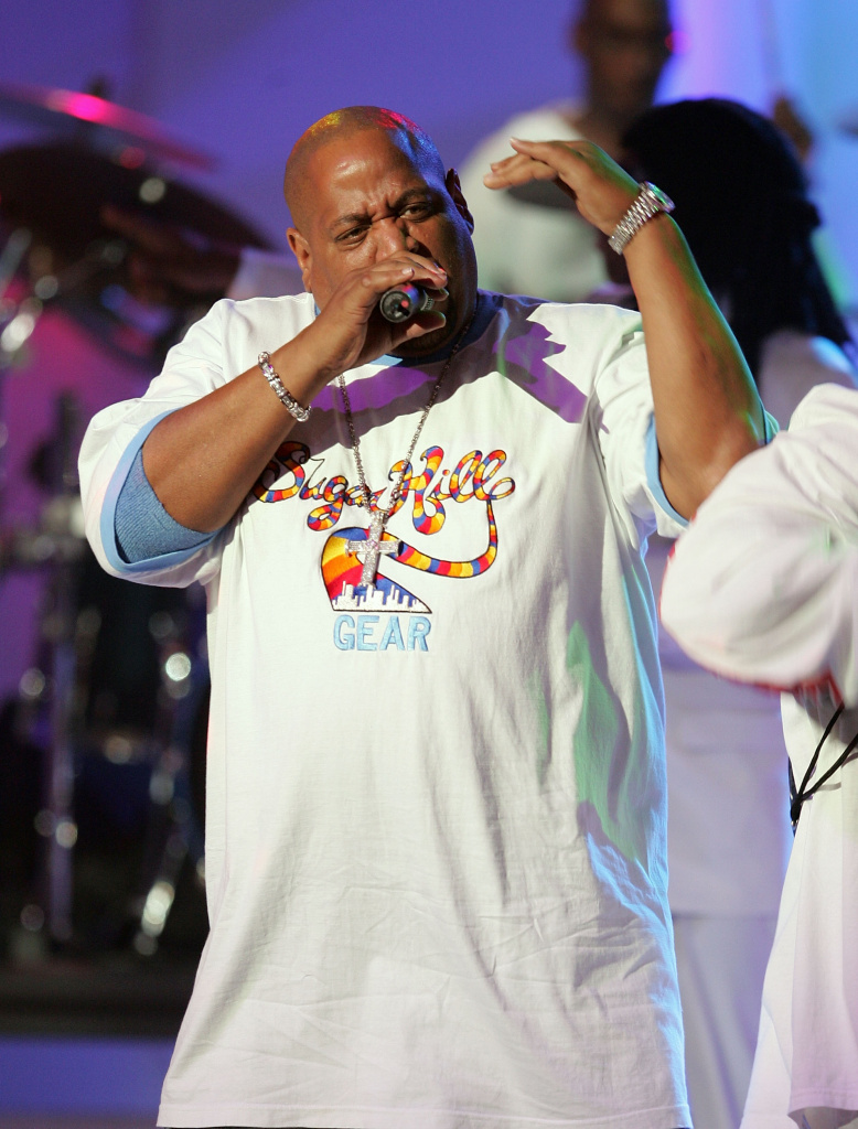 Big Bank Hank of the Sugarhill Gang performs at the VH1 Hip Hop Honors October 3, 2004 in New York City.