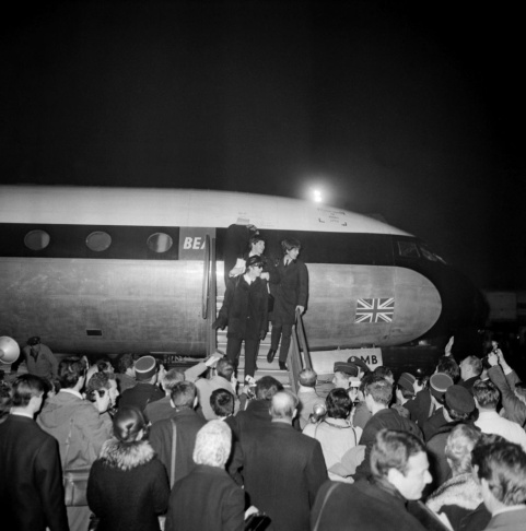The Beatles arrive 15 January 1964 in Fr