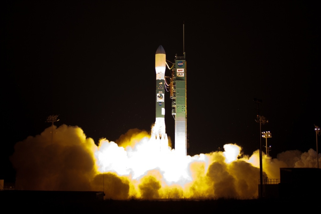 A Delta II rocket launches with the NPOESS Preparatory Project (NPP) spacecraft payload from Space Launch Complex 2 at Vandenberg Air Force Base, Calif. on Friday, Oct. 28, 2011.