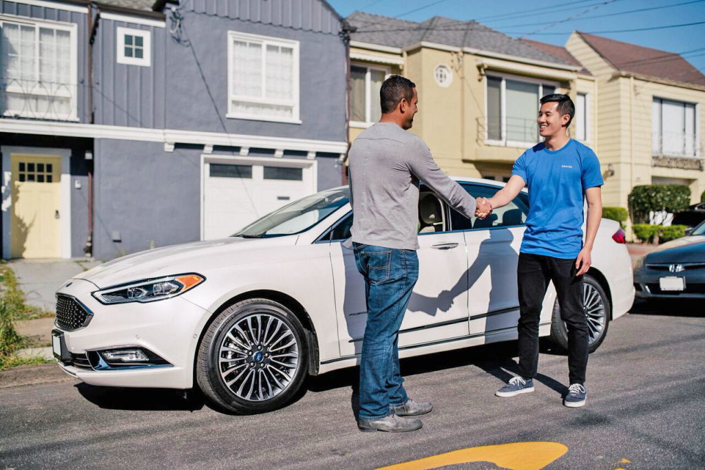 Ford's Canvas car subscription service lets drivers rent cars by the month for a cost of $400-500, including insurance, maintenance, registration and delivery. It launched in West L.A. this week.