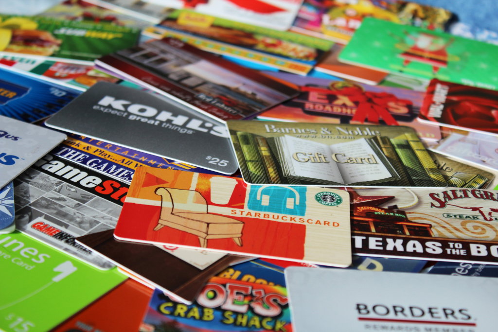 Retailers are encouraging shoppers to use their gift cards on discounted holiday merchandise. Some analysts say retailers have fallen short of their holiday sales goals and the next few days will be a last ditch effort to raise sales before the end of the year.