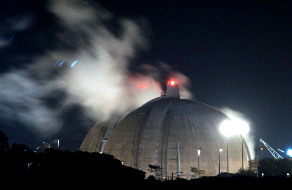 File: The San Onofre nuclear plant.