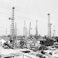 Huntington Beach oil wells