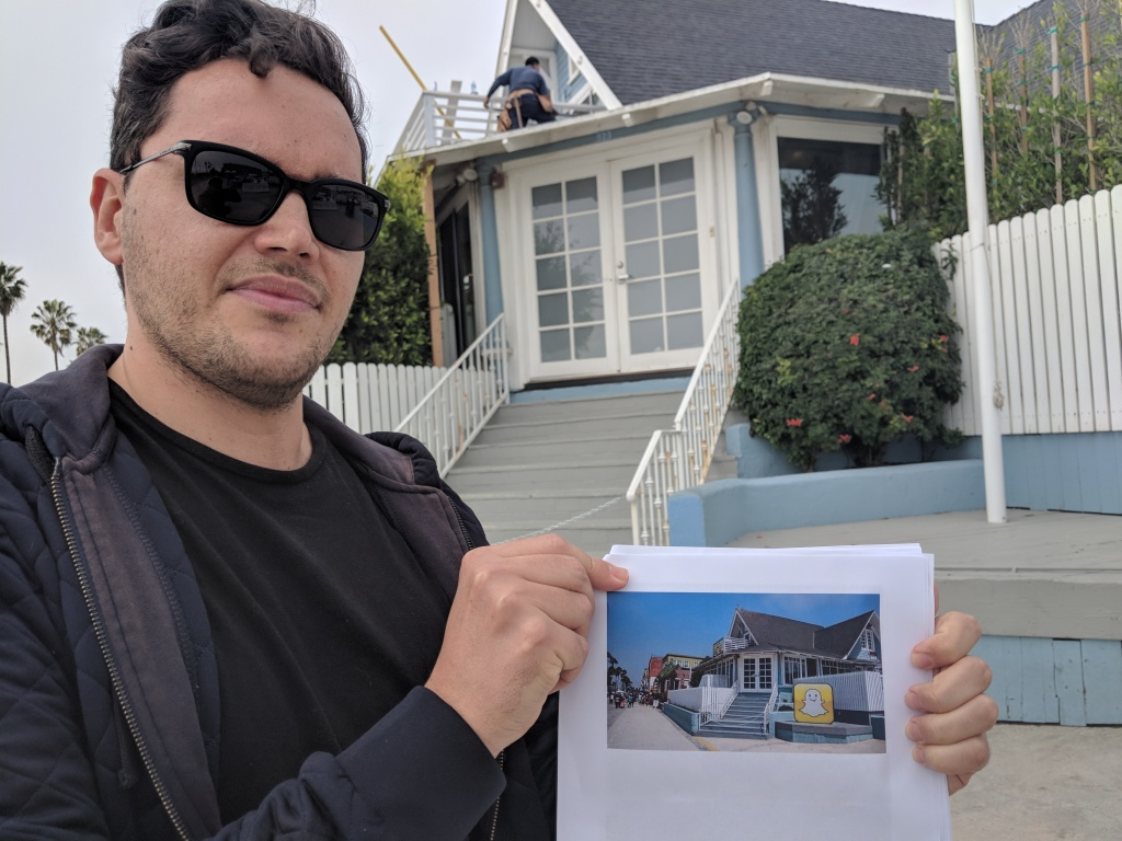 Photographer Robert Lang shows a picture he took of Snapchat's former HQ, a bungalow on the Venice boardwalk. Today, the same place is shuttered with no signs that Snapchat ever used this as an office.