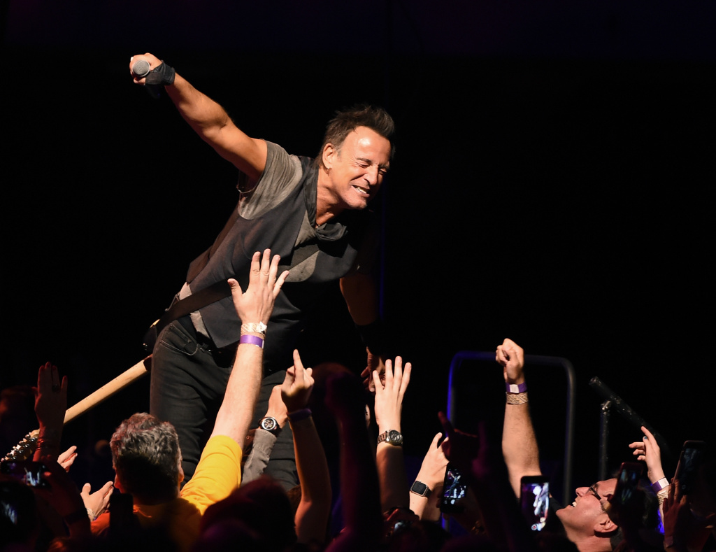 Bruce Springsteen and the E Street Band performs at the Los Angeles Sports Arena on March 15, 2016 in Los Angeles.