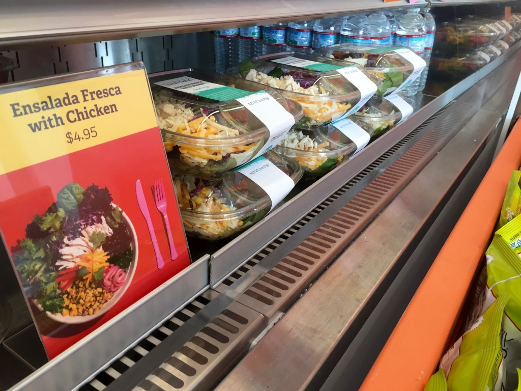 A row of 'Ensalada Fresca with Chicken' meals at Everytable's South L.A. location.