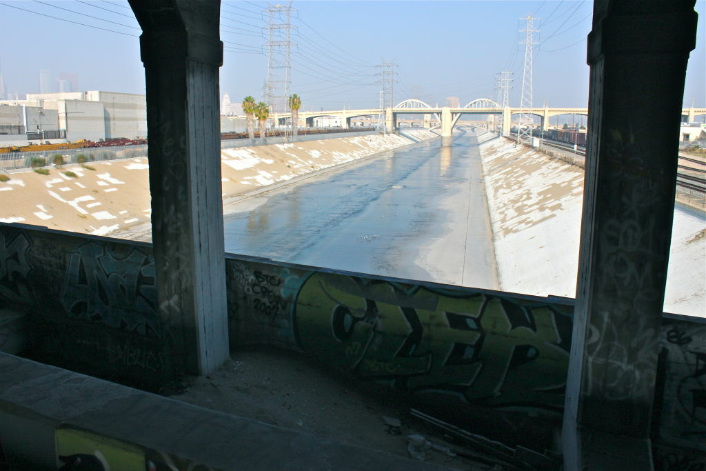 View north along the L.A. River toward the 6th Street Bridge.