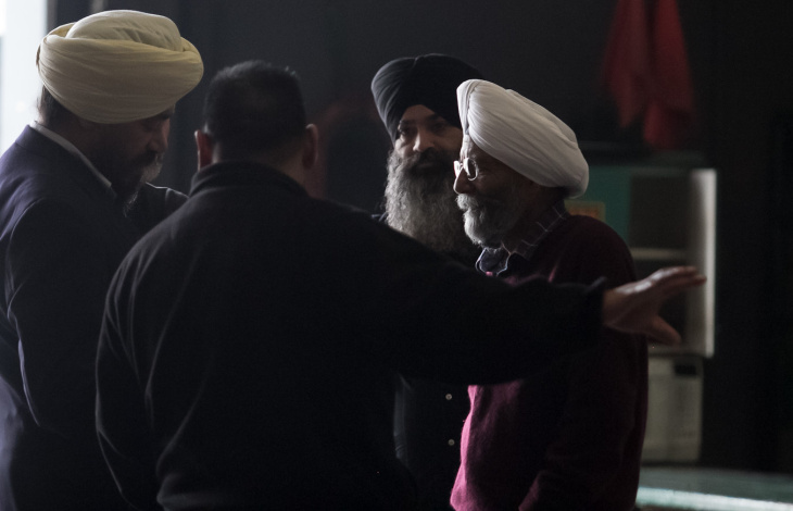 Amarjit Singh visits the first SIkh American float to be featured in the Rose Parade.