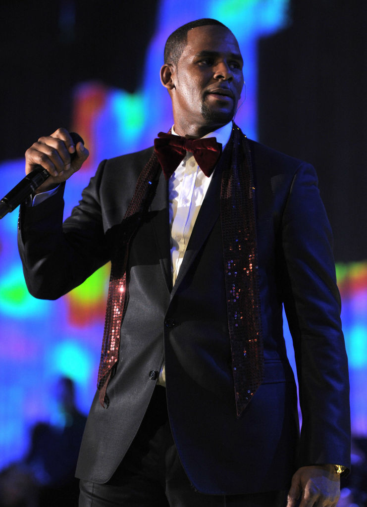 Singer R. Kelly performs onstage at the 2011 Pre-GRAMMY Gala and Salute To Industry Icons Honoring David Geffen at Beverly Hilton on February 12, 2011 in Beverly Hills, California.