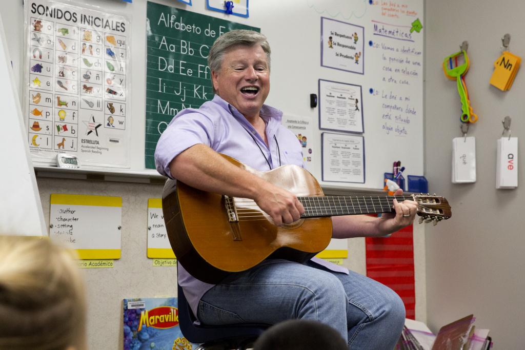Ron Morris' leads his kindergarten class in song.