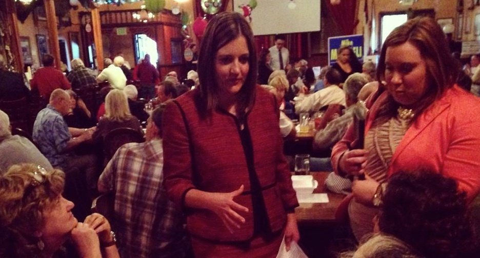 Lesli Gooch appealed to potential voters during the primary election at a meeting of Redlands Tea Party members.