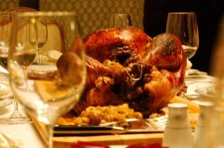 The cost of Thanksgiving dinner in 2012 is $49.48 for ten people, according to the American Farm Bureau Federation.