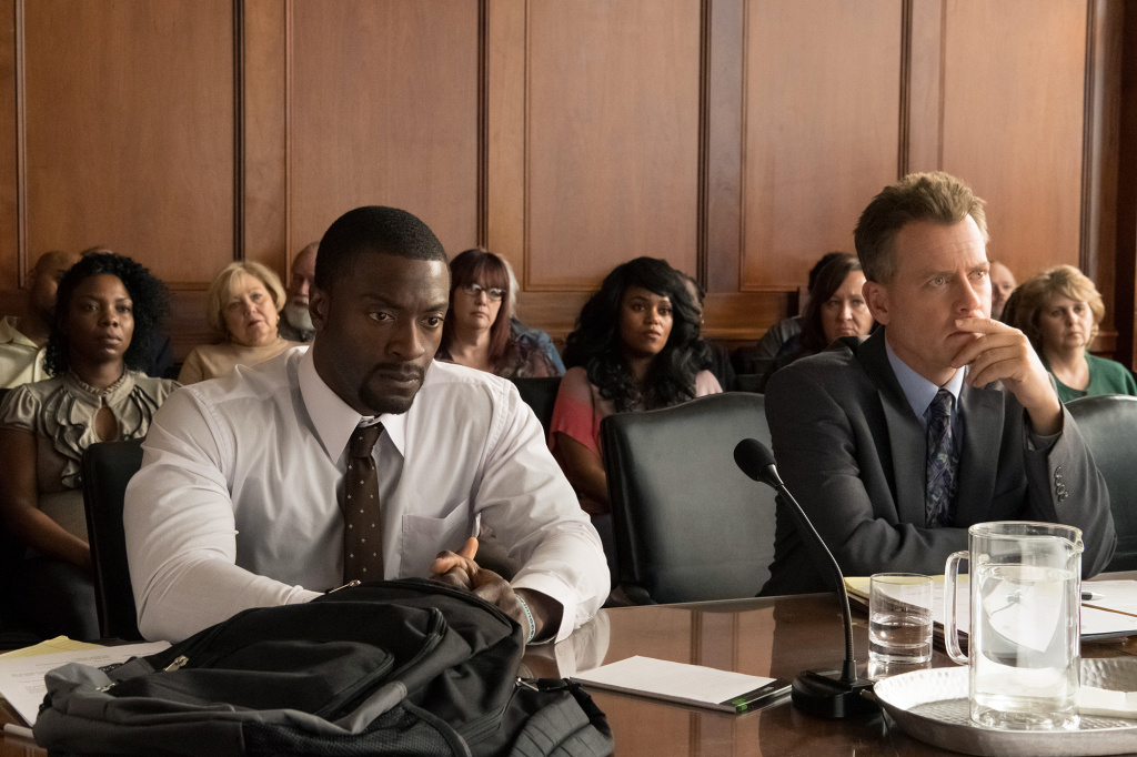 Aldis Hodge (left) as Brian Banks and Greg Kinnear (right) as Justin Brooks in