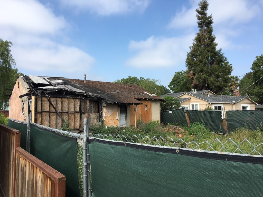 This burned out home in San Jose sold for more than $900,000.