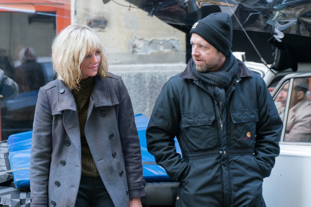 Charlize Theron as Lorraine Broughton and director David Leitch on the set of