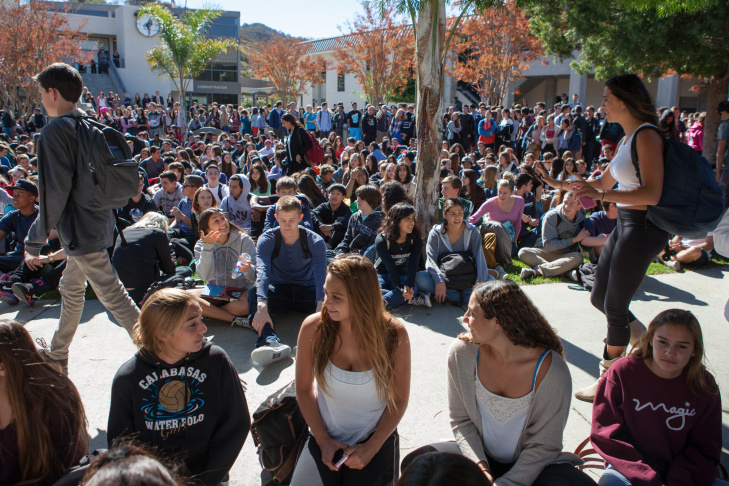 Students at Calabasas High School gather in the quad on Nov. 5, 2013, to show their support for teacher Brian Ludmer, who was a performing arts teacher injured during the LAX shooting on Nov. 1, 2013.