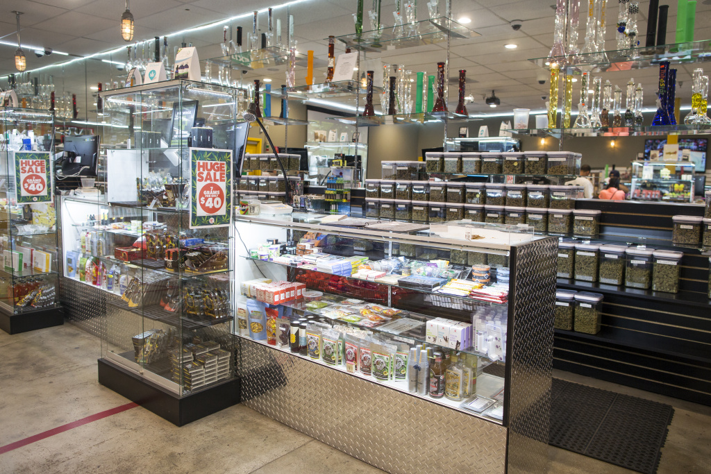 Kushmart is one of the largest medical marijuana dispensaries in downtown Los Angeles.