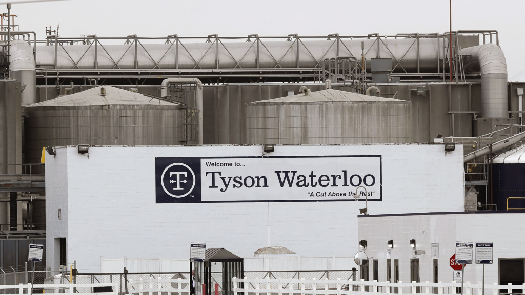A lawsuit filed by the family of a former Tyson employee who died of COVID-19 complications alleges company supervisors were instructed by high level officials to falsely deny the existence of