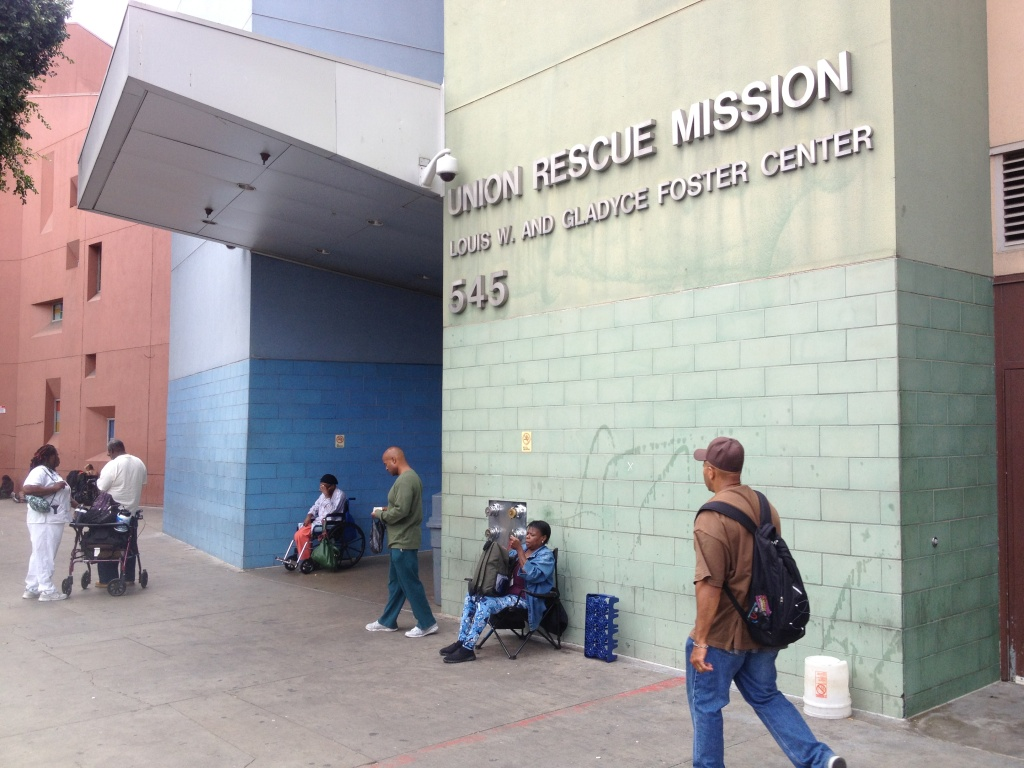 Audio homeless women and children flooding la shelters for Los angeles homeless shelter