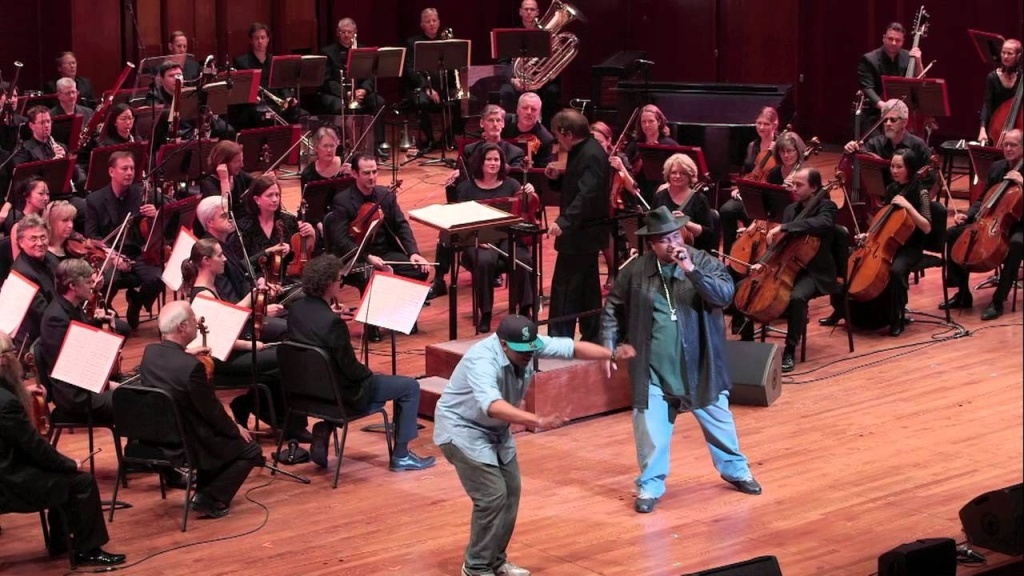 The Seattle Symphony and rapper Sir Mix-A-Lot wowed a roomful of music fans Friday night with a full-figured performance of
