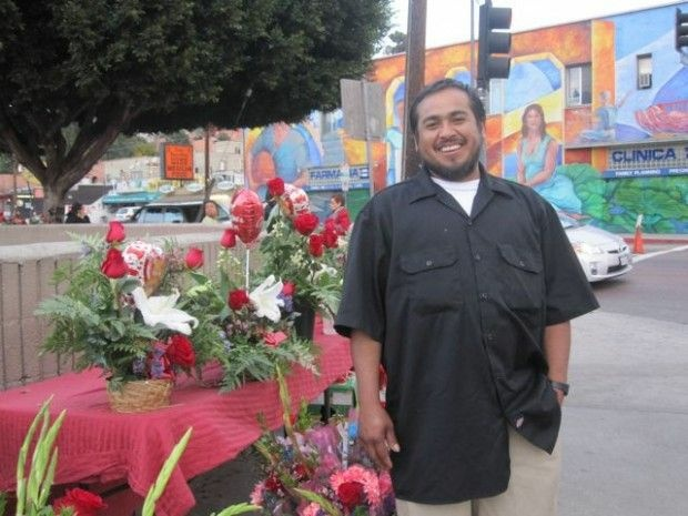 Gustavo Angel and his Valentine gift display in Echo Park, February 13, 2011