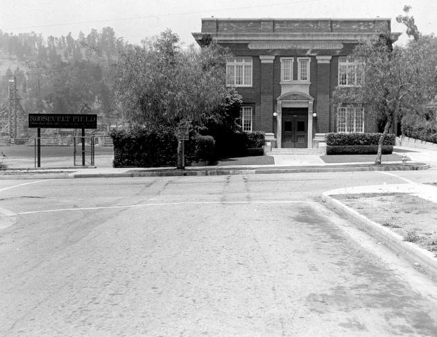 Slideshow: South Pasadena students recall 1940 murder spree