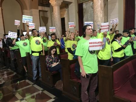 Uber And Lyft Drivers Would Get $30/Hr Under LA City Council Proposal