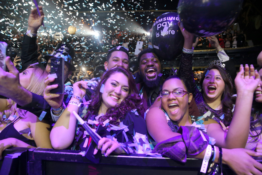 Revelers celebrate the new year at a New Year's Eve party at the Fonda Theatre on December 31, 2015 in Los Angeles, California.