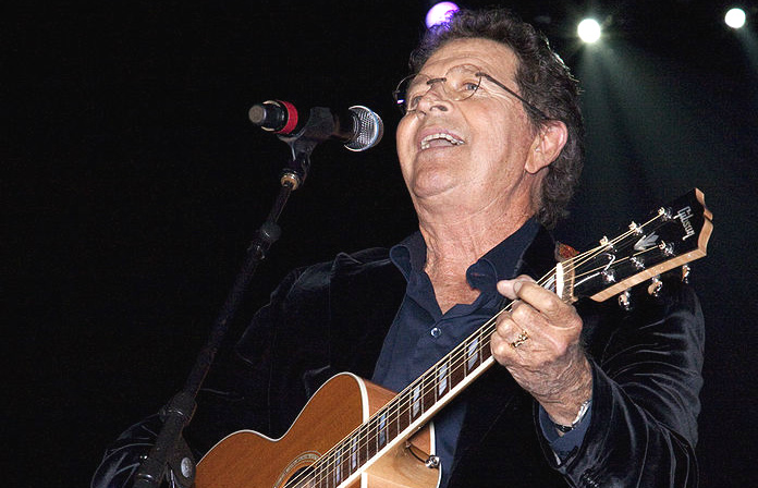 Mac Davis at the Alabama Music Hall of Fame Concert 2010