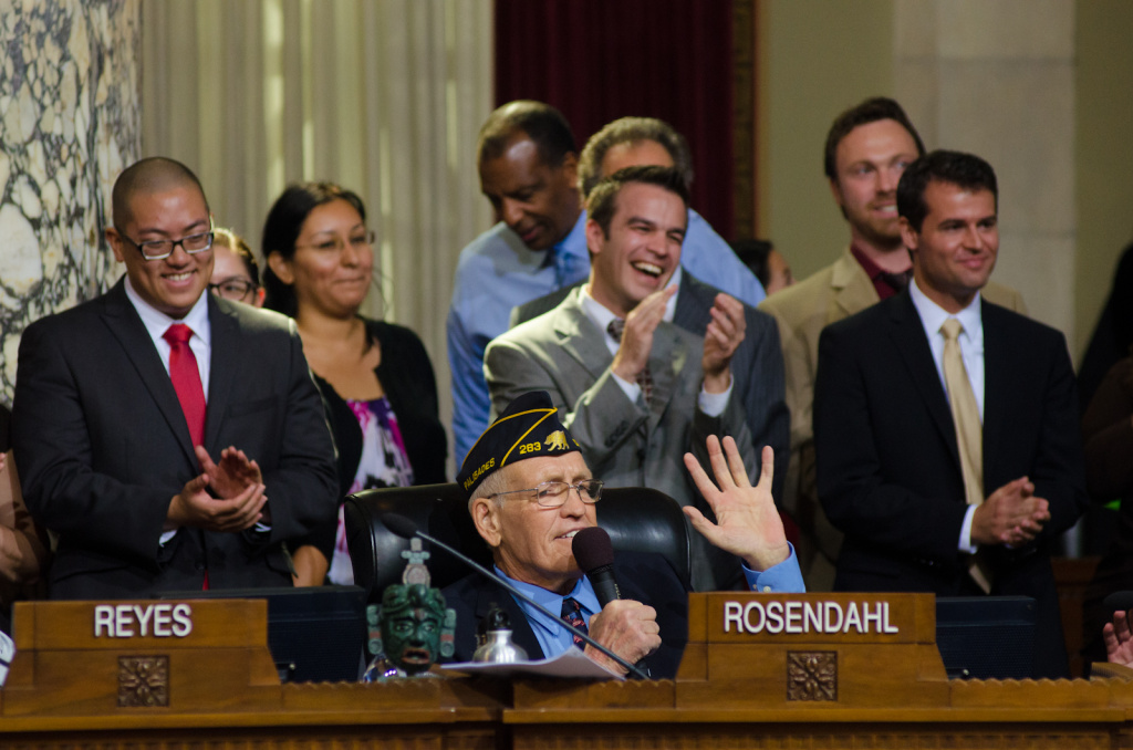 Los Angeles City Councilman Bill Rosendahl donned his veteran's cap as he told colleagues he will retire at the end of his term in June to focus on his continuing battle with cancer.