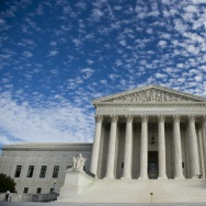 US-POLITICS-SUPREME COURT-PRAYER