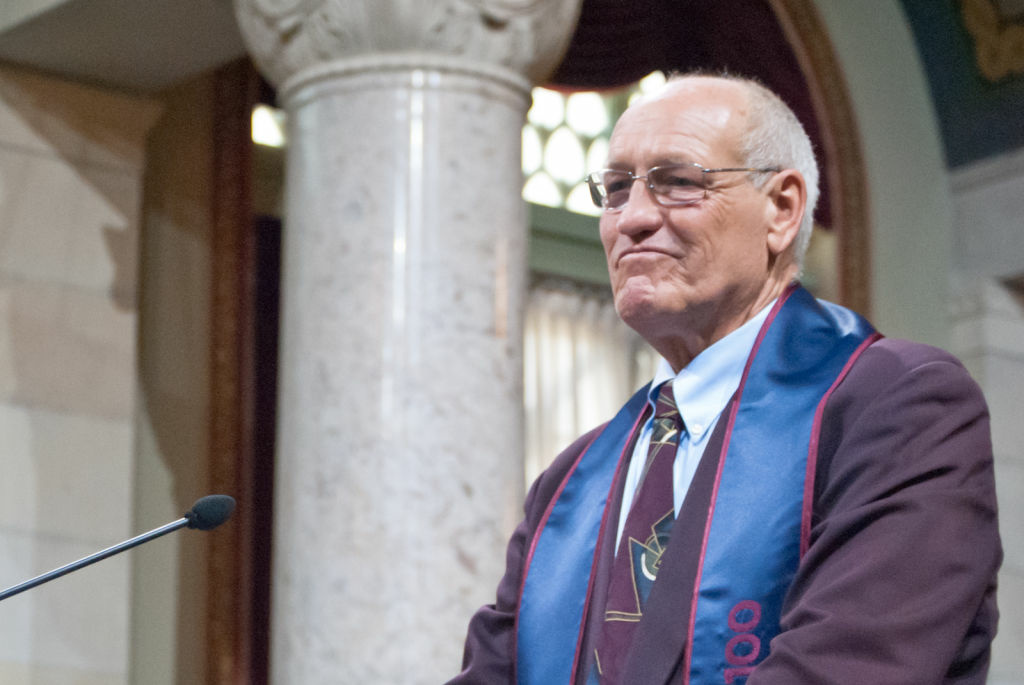 L.A. City Councilman Bill Rosendahl will publicly address his decision not to seek reelection at this morning's Los Angeles City Council meeting.