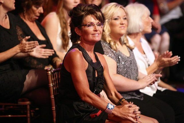 Sarah Palin roots on her daughter Bristol on
