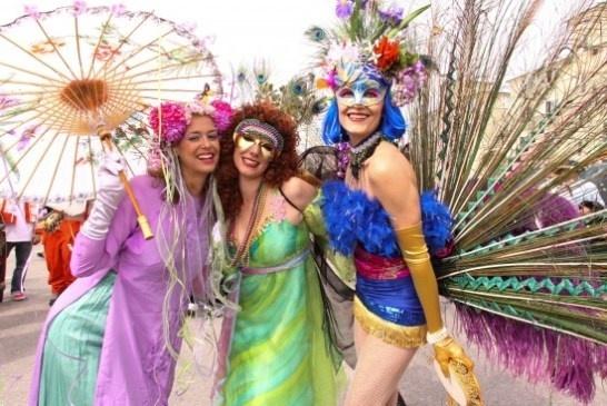 Mardi Gras participants in Venice Beach.