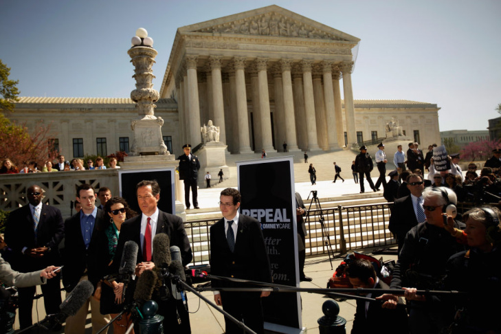 Rick Santorum Campaigns On Steps Of U.S. Supreme Court
