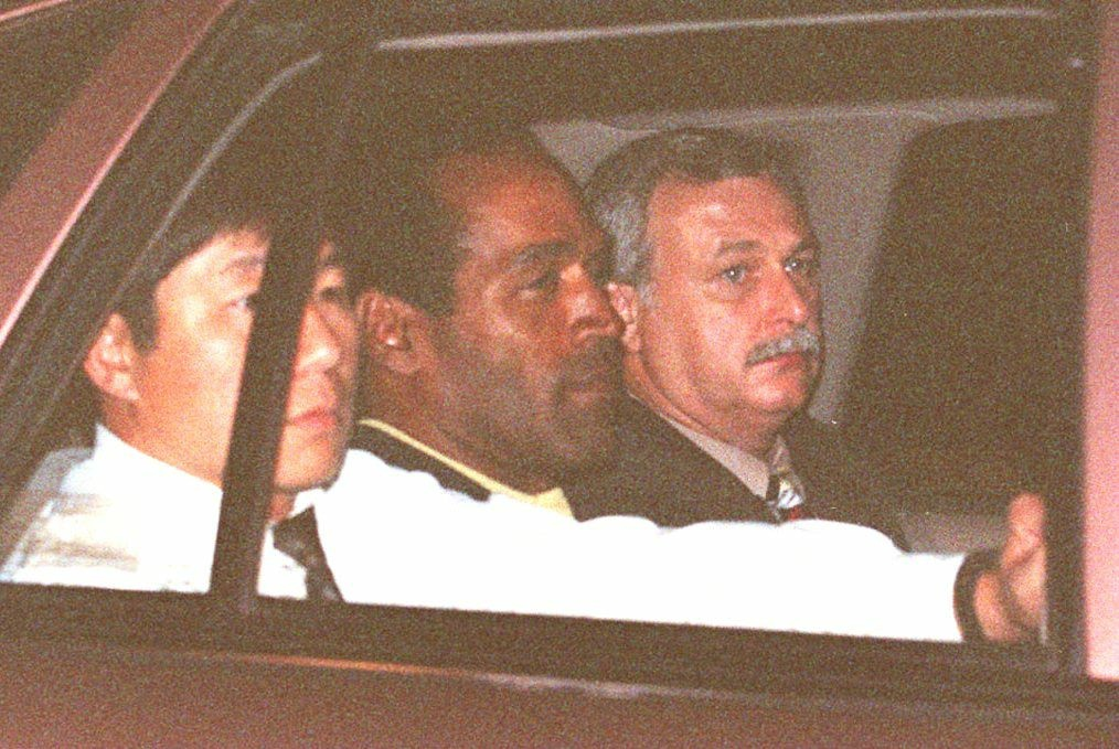 VIDEO: 19th anniversary of the OJ Simpson white Bronco low-speed chase (archival photos) | 89.3 KPCC