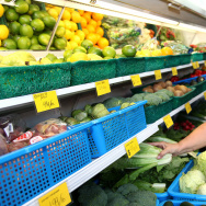 produce fruits vegetables shopping market