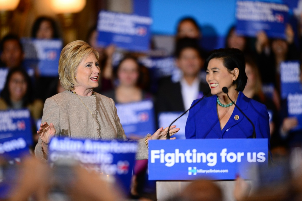 Democratic Presidential hopeful Hillary Clinton(L) meets with Asian American and Pacific Islander (AAPI) elected officials to discuss what's at stake for the AAPI community.