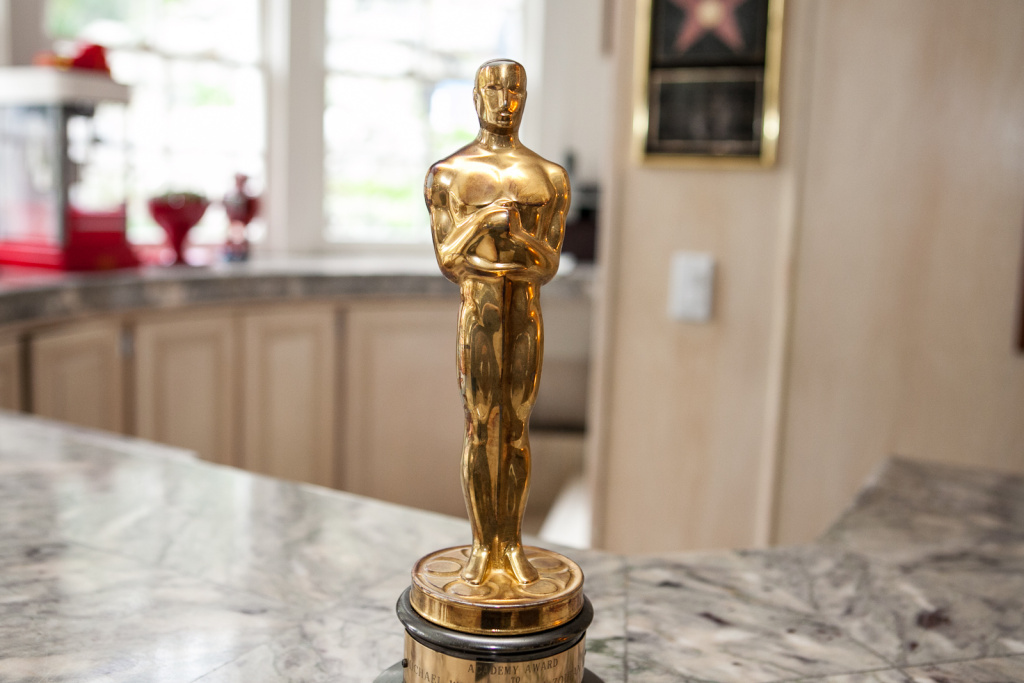 Hollywood Makeup Artist, Michael Westmore won this Oscar for his work on the 1985 film,