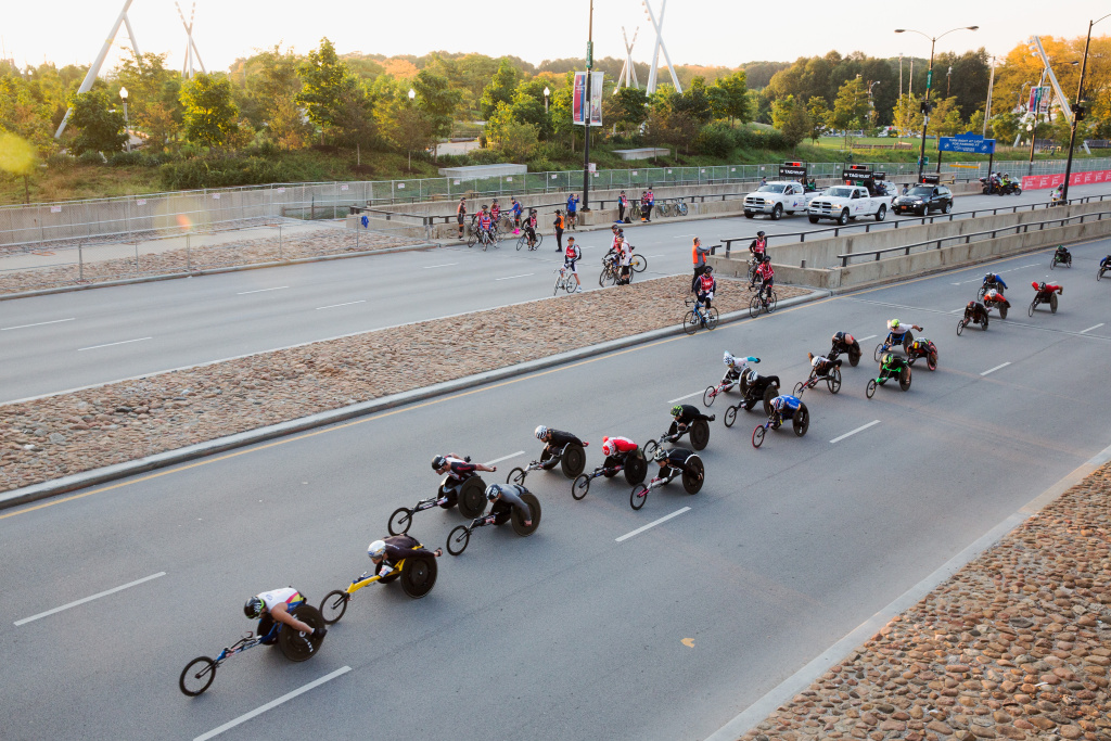Mens wheelchair racers take off from Monroe street and head up Columbus Drive for the start of the Bank of America Chicago Marathon on October 9, 2016 in Chicago, Illinois.