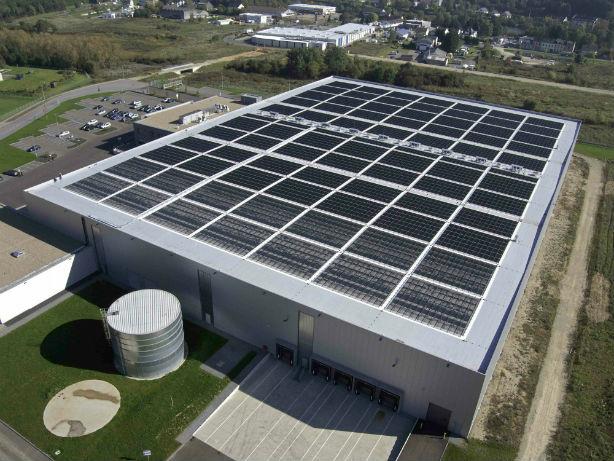 A Solyndra solar rooftoop installation.