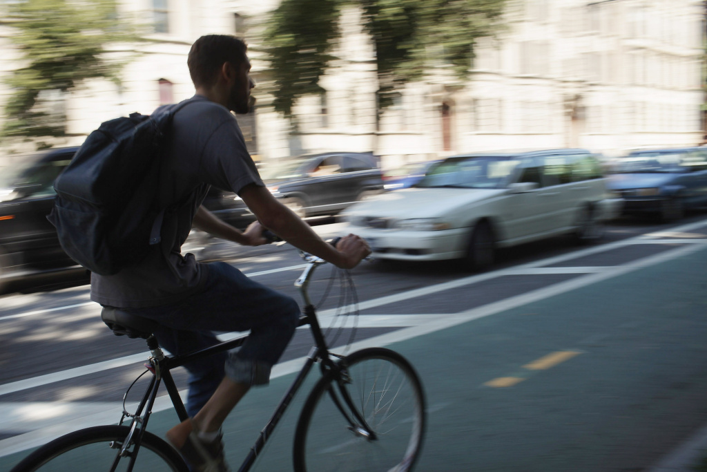 Will a mandated three-foot buffer between cyclists and motorists make biking in LA safer?