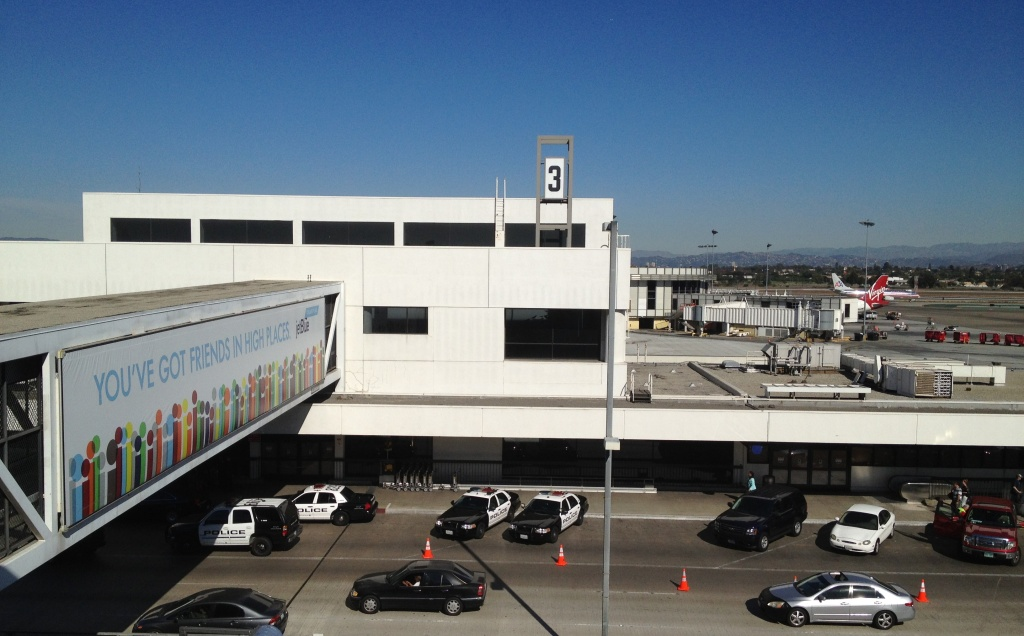 LAX's Terminal 3 has been closed to arriving and departing airliners as police continue their investigation into yesterday's shooting.