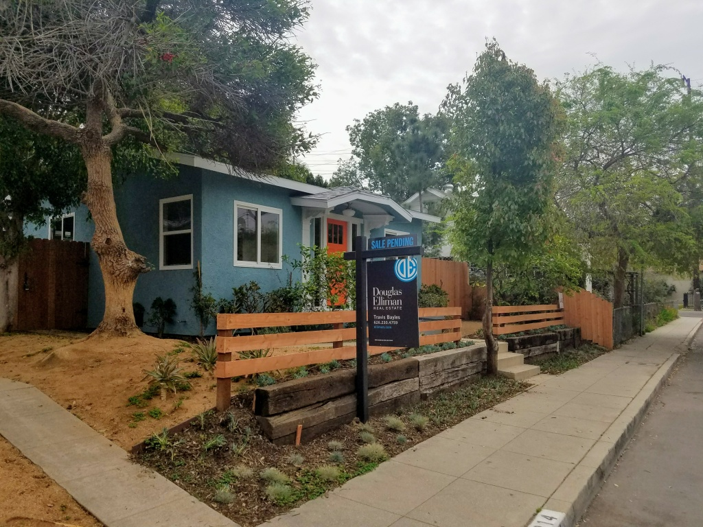 This 725 square foot home in Los Angeles recently sold for more than $700,000.