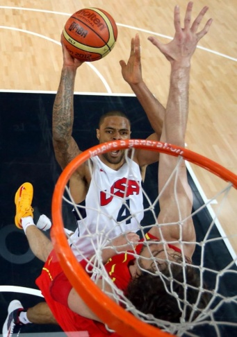 Tyson Chandler of the US dunks during th